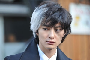 "The special TV drama, ""Young Black Jack"", featuring Black Jack in his youth, is aired. (photo02)"